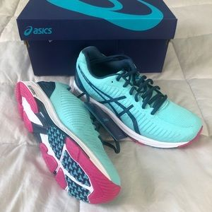 Asics Gel DS Trainer 23 Running Shoes, 8.5, NWT